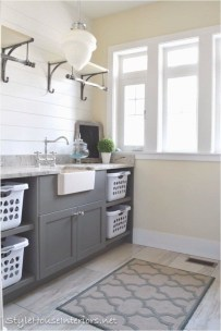 Fabulous Functional Laundry Room Decoration Ideas On A Budget 33