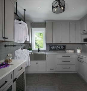 Fabulous Functional Laundry Room Decoration Ideas On A Budget 37