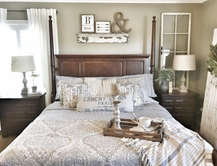 Fantastic Diy Bedroom Headboard Ideas To Make It More Comfortable 26