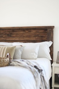 Fantastic Diy Bedroom Headboard Ideas To Make It More Comfortable 37