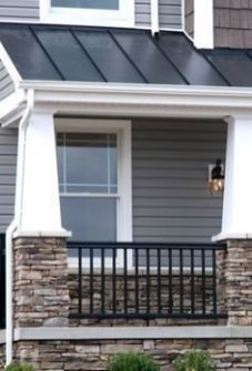 Incredible Farmhouse Exterior Ideas With Metal Roof 29