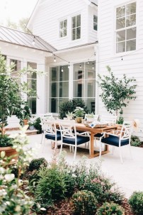 Latest Home Patio Design With Hanging Plants 03