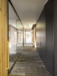 Marvelous Home Corridor Design Ideas That Looks Modern 30