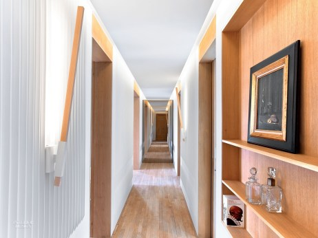 Marvelous Home Corridor Design Ideas That Looks Modern 38