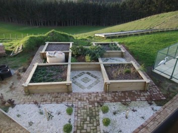Outstanding Diy Raised Garden Beds Ideas 04