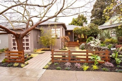 Wonderful Front Yard Ideas With Contemporary Fence 40