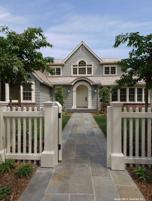 Wonderful Front Yard Ideas With Contemporary Fence 41