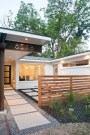 Wonderful Front Yard Ideas With Contemporary Fence 42