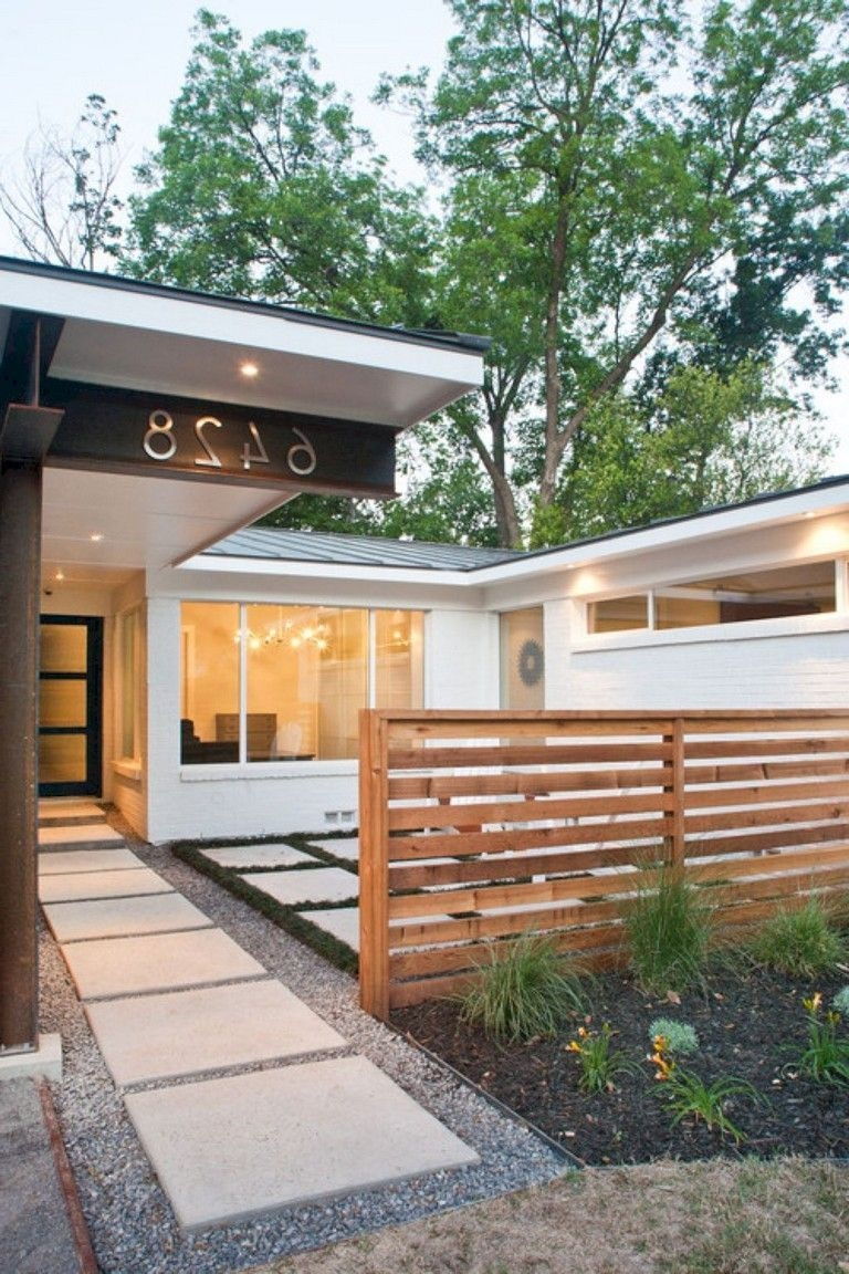 30 Wonderful Front Yard Ideas With Contemporary Fence Gagohome