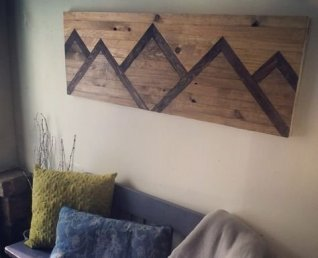 Chic Diy Pallet Wall Art Ideas To Try 04