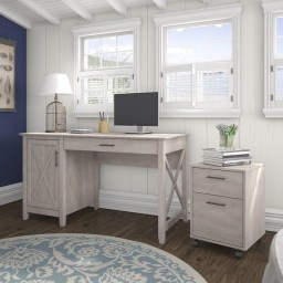 Creative Farmhouse Desk Ideas For The Home Office To Try 33