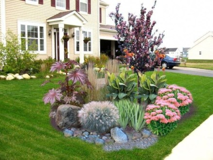 Fabulous Garden Design Ideas For Small Space That Looks Cool 16
