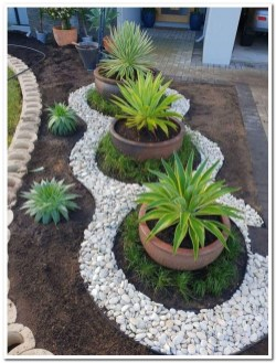 Fabulous Garden Design Ideas For Small Space That Looks Cool 17