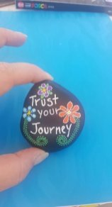 Fascinating Painted Rocks Quotes Design Ideas 20