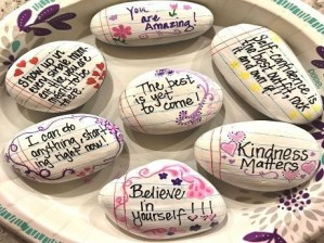 Fascinating Painted Rocks Quotes Design Ideas 46