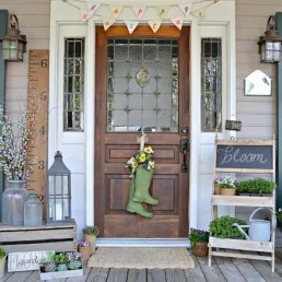 Lovely Summer Decorating Ideas For Front Porch 17