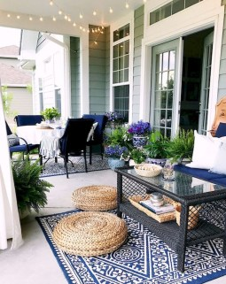 Lovely Summer Decorating Ideas For Front Porch 26