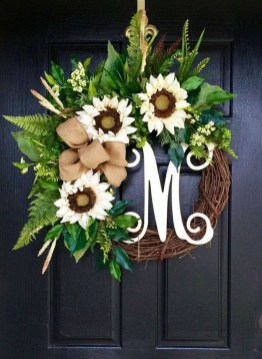 Pretty Summer Wreaths Decor Ideas That Looks Cool 26