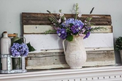 Unique Summer Mantel Decorating Ideas To Try 12