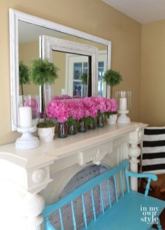 Unique Summer Mantel Decorating Ideas To Try 21
