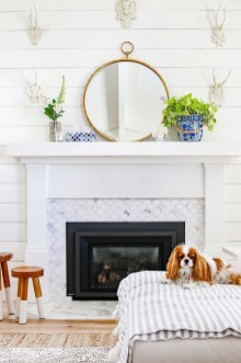 Unique Summer Mantel Decorating Ideas To Try 24