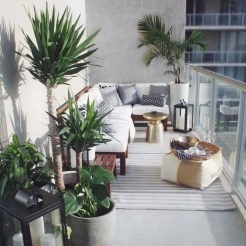 Adorable Balcony Design Ideas You Must Try 05