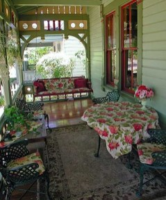 Adorable Green Porch Design Ideas For You 02