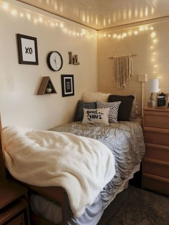 Beautiful Dorm Room Organization Ideas To Try Asap 29