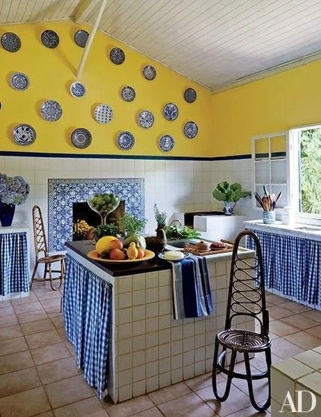 Best Yellow Accent Kitchens Ideas For You 22