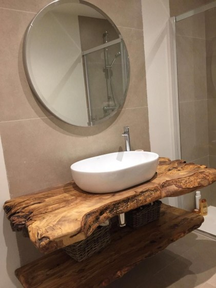 Excellent Wooden Bathroom Designs Ideas To Try 19