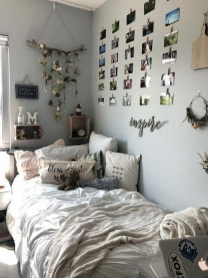 Lovely Bedroom Decoration Ideas That Inspire You 34
