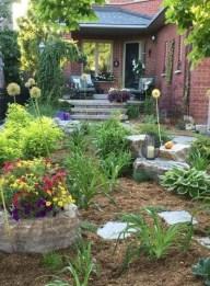 Newest Green Grass Design Ideas For Front Yard Garden 10