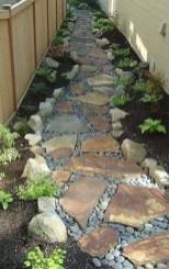 Newest Green Grass Design Ideas For Front Yard Garden 26