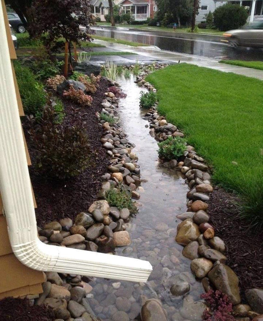 Pretty Front Yard Landscaping Design Ideas For You 36