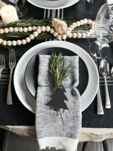 05Rustic Christmas Design Ideas For Your Apartment Décor To Try