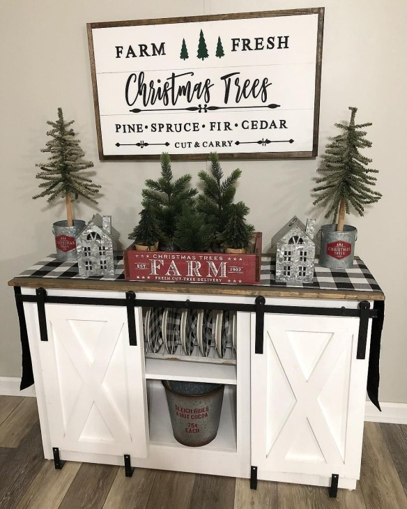 38Rustic Christmas Design Ideas For Your Apartment Décor To Try