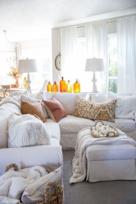 Admiring Living Room Design Ideas To Enjoy The Fall 13