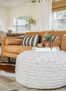 Admiring Living Room Design Ideas To Enjoy The Fall 29