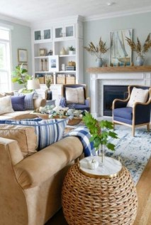 Admiring Living Room Design Ideas To Enjoy The Fall 32