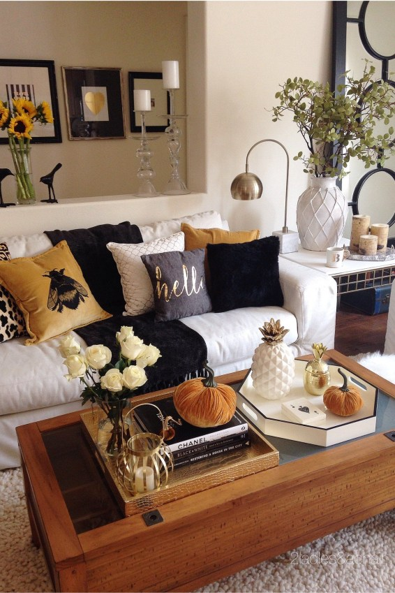 Admiring Living Room Design Ideas To Enjoy The Fall 39