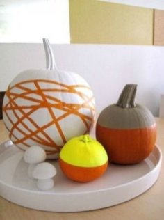 Admiring White And Orange Pumpkin Centerpieces Ideas For Halloween 47
