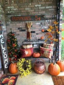 Adorable Fall Diy Decorating Ideas For Patio To Try 20