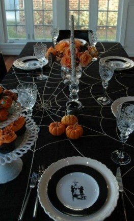 Best Halloween Party Décor Ideas For Dining Table 26