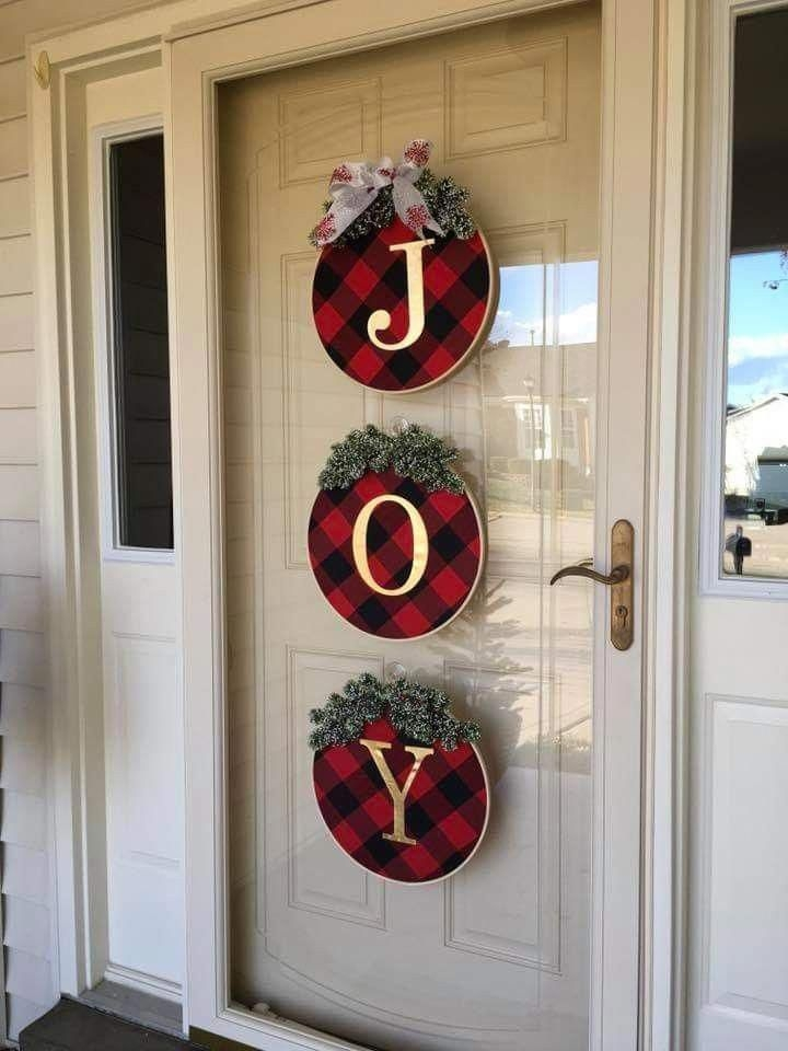 Captivating Diy Front Door Design Ideas For Special Christmas To Try 03