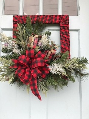 Captivating Diy Front Door Design Ideas For Special Christmas To Try 17