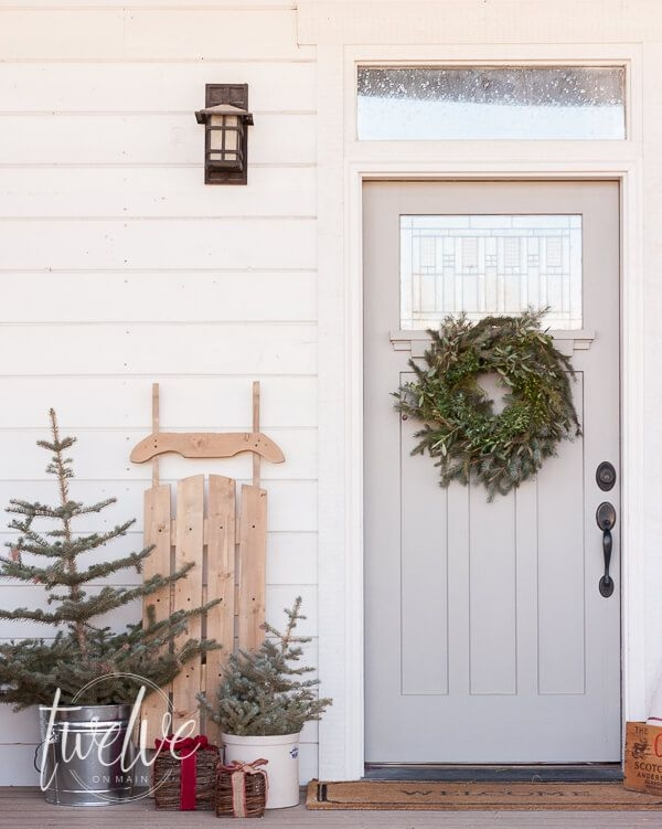 Captivating Diy Front Door Design Ideas For Special Christmas To Try 19