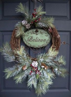 Captivating Diy Front Door Design Ideas For Special Christmas To Try 43