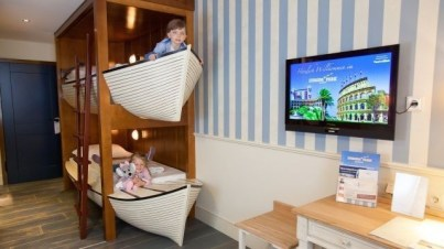 Charming Childrens Bedroom Resembles Design Ideas With A Boat 35