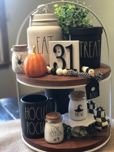 Chic Halloween Home Décor Ideas To Your Inspire You 13