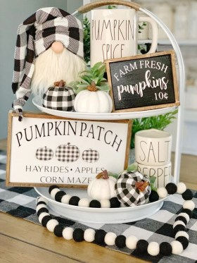 Chic Halloween Home Décor Ideas To Your Inspire You 34